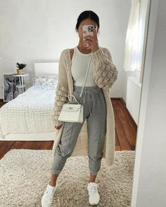 Winter Outfits For Girls, Winter Fashion Outfits, Look Fashion, Fall Outfits, Latest Fashion, Daily Fashion, Street Fashion, Fashion Clothes, Fitness Fashion
