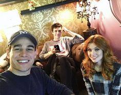 "The Shadowhunters Cast Reacts to ""Iron Sisters"" Katherine Mcnamara, Kat Mcnamara, Matthew Daddario, Alec Lightwood, Alberto Rosende, Shadowhunters Season 3, Magnus And Alec, Live Tweet, Clary And Jace"