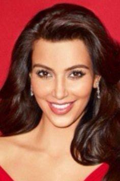 Kim Kardeshian smile Great Smiles, Smile Face, Kim Kardashian, Divas, Teeth, Facial, Bright, Beauty, Facial Care