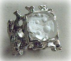 """The comets"" Quartz reverse intaglio ring"
