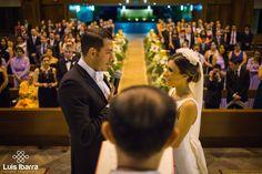 Una buena fotografía se obtiene sabiendo donde pararse. #bodas #wedding #photography #fotografia #fotógrafodebodas #novios #iglesia #church