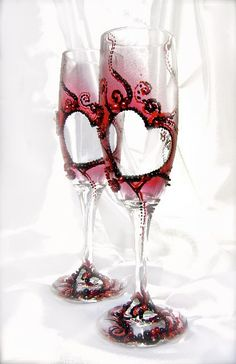 Wedding champagne glasses with red and black heart pattern, set of 2, hand decorated elegant toasting flutes