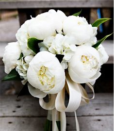Ideal bridesmaid bouquet. Also my ideal bride bouquet but in a light pink or blush.