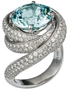 Cartier trinity ring in Aquamarine