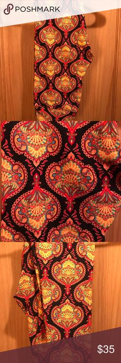 NWT OS LLR Chinese Lanterns w/Black Background!! For sale is one pair of LuLaRoe OS sized leggings with a beautiful Chinese Lanterns Pattern over top a black background!!! LuLaRoe Pants Leggings