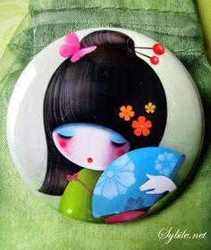 Miroirs de poche, Miroir de poche Little Shy est une création orginale de Sybile sur DaWanda