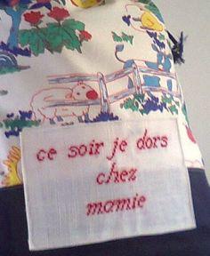 pochette a doudou+pyjama+chausson