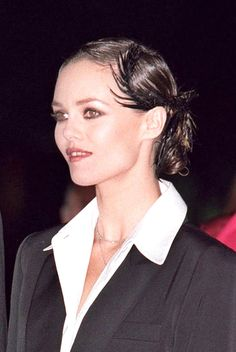 Vanessa at 30 or 40 years: what could change? Vanessa Paradis, French Icons, Lily Rose Depp, John Kennedy, John John, Inspiring People, Look Chic, 40 Years, Marie Claire
