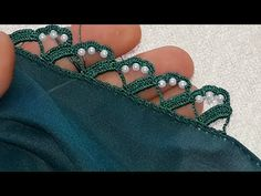 In this tutorial you will learn step by step how to make these fun, bohemian Gypsy Hoops. Crochet Boarders, Crochet Lace Edging, Crochet Flower Tutorial, Baby Knitting Patterns, Knitting Stitches, Knitting Yarn, Ideas Joyería, Crochet Barefoot Sandals, Hand Work Embroidery