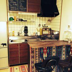 FUKOOO_さんの、キッチンDIY,男前目指したい!!,狭いアパート,賃貸,DIYカウンター,DIY,カラボリメイクカウンター,塗装後,古いキッチン,カウンターテーブルDIY,アメリカンポップ,2DK,キッチン,のお部屋写真