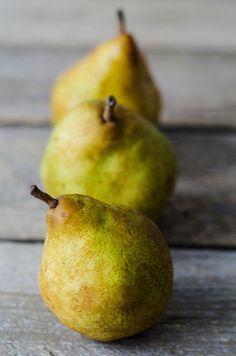 Three fresh ripe pears - Food & Drink - 1