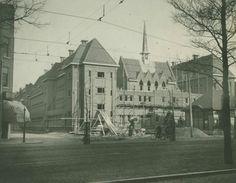 Schiedamseweg met de klooster regina pacis in aanbouw aan de willem beukelsplein 1923-1927