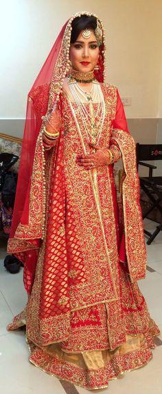Pakistani Bridal Wear, Pakistani Wedding Outfits, Bridal Lehenga, Pakistani Dresses, Indian Bridal, Indian Dresses, Hijab Bride, Wedding Hijab, Wedding Wear