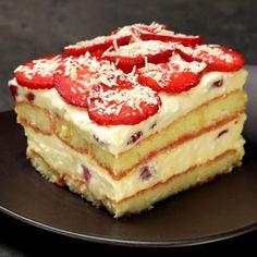 """This is """"Tiramisù alle fragole e cioccolato bianco"""" by Al.ta Cucina on Vimeo, the home for high quality videos and the people who love them. Sweets Recipes, Cookie Recipes, Chocolate Tiramisu, Delicious Desserts, Yummy Food, Sweet Cakes, Bakery, Food And Drink, Treats"""