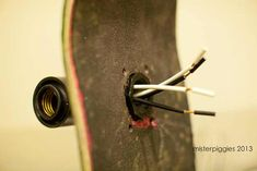 Post with 34891 views. /r/DIY asked, so here is how to build something like my skateboard light. Skateboard Lampe, Make A Skateboard, Skateboard Light, Skateboard Decor, Skateboard Furniture, Light Bulb Art, Wood Cladding, Diy Gifts For Kids, Steampunk Lamp