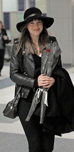 everythingdakotajohnson:Dakota Johnson arrives at JFK Airport in…   Jamie Dornan News