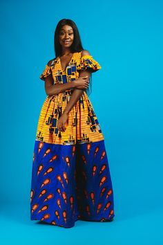 African print dresses can be styled in a plethora of ways. Ankara, Kente, & Dashiki are well known prints. See over 50 of the best African print dresses. African Print Dresses, African Dresses For Women, African Attire, African Wear, African Fashion Dresses, African Women, African Prints, African Style, African American Fashion