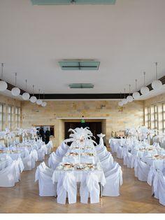 Tischdekoration mit Straußenfedern  #Flower #Wedding