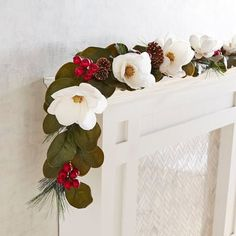 A classic look for your home this season, our garland features faux magnolias, berries and natural pinecones on faux greenery. It brings its undeniable grace and charm to your mantel, doorway, staircase or soffit.