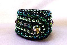 bracelet manchette cristal nacre véritable : Bracelet par paris-franquette