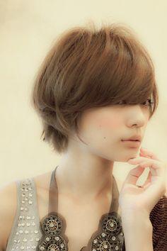 cloverのヘアスタイル | ハンサムショート | 東京都・恵比寿・代官山の美容室 | Rasysa(らしさ)