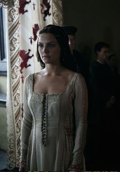 Annabel Scholey as Contessina de Bardi - Medici: Masters of Florence Medieval World, Medieval Fantasy, Period Movies, Period Dramas, Period Costumes, Movie Costumes, Historical Tv Series, Medici Masters Of Florence, Character Inspiration