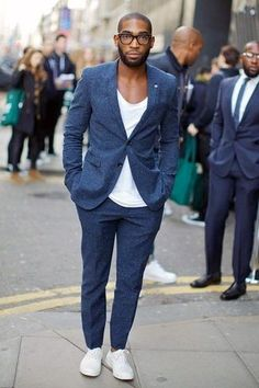 Men's Navy Wool Suit, White Crew-neck T-shirt, White Low Top Sneakers