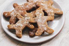 Gingerbread Men – GoodFor Gingerbread Men, Gingerbread Cookies, Almond Recipes, Bread Recipes, Confectionery, Bread Baking, Sugar Free, Lunch Box, Gluten Free