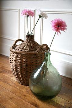 Dame Jeanne # Madamelabroc Decor, Farmhouse Decor, Entryway Decor, Tuscan Decorating, Vintage Decor, Floral Decor, Living Room Dining Room Combo, Rustic Farmhouse Decor, Vases Decor