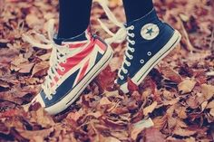 British flag high-top converse<3