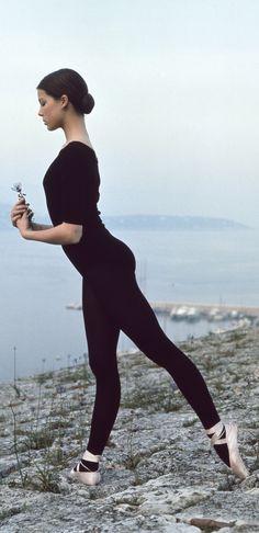 Young Caroline of Monaco (775×1598) #ballet