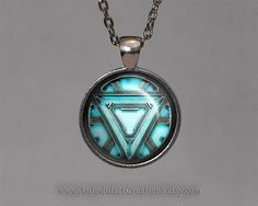 Arc Reactor Iron Man Necklace, arc reactor Necklace, The Avengers Jewelry, ironman necklace, The Avengers Necklace Thor Hulk Captain America. Cute Jewelry, Man Jewelry, Unique Jewelry, Iron Man Arc Reactor, Avengers Outfits, Marvel Clothes, Nerd Fashion, Fashion Outfits, Cute Rings
