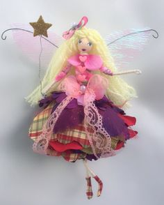 Christmas Tree Themes, Christmas Angels, Pipe Cleaner Crafts, Fairy Crafts, Clothespin Dolls, Fairy Princesses, Flower Fairies, Fairy Dolls, Diy Doll