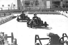 Sérgio Araki/Estadão - Adolescentes brincam com carrinhos dekart. Foto: 9/6/1971