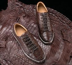 e70fc27ec37580 Classic Alligator Leather Sneakers Low Top Mens Fashion Alligator Sneakers