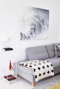 Reunimos algumas dicas e produtos para você reformar a sua sala de estar com um orçamento máximo de R$1.250. Confira: