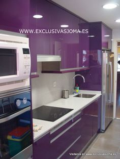 1000 images about sector musicos reforma de piso tres for Cocinas color berenjena