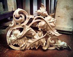 «@premkokus @donchenko_pencil <<<<<Александр золотые-руки#ПосадИзограф #резьбаподереву #резьба #art #wood #woodcarving #carving #artcarving #золото #дизайн…»