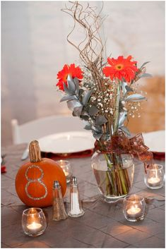 autumn reception decor Photography: Moreland Photography