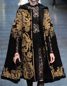 notordinaryfashion: Dolce & Gabbana Haute Couture - Detail