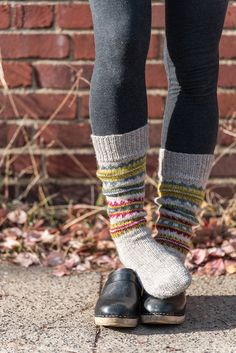 Skolt Sámi Boot Socks in The Fibre Co. Clogs Outfit, Birkenstock Outfit, Clogs Shoes, Fall Socks, Hunter Boots Outfit, Swedish Clogs, Cumbria, Fashionable Snow Boots, Knitting Socks