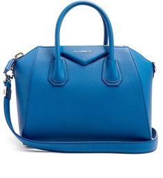 Trending Handbags:Prada, Givenchy, Valentino, and Balenciaga