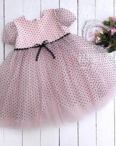 Frocks For Girls, Dresses Kids Girl, Little Girl Dresses, Kids Outfits, Flower Girl Dresses, Baby Girl Fashion, Kids Fashion, Cute Toddler Girl Clothes, Baby Girl Tops