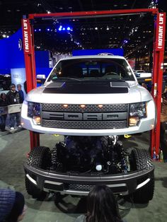white 2012 Ford SVT Raptor front view  ( 2012)