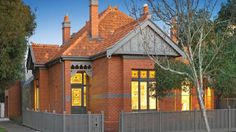 51 McGregor St, Middle Park. The front facade of this brick house is Edwardian