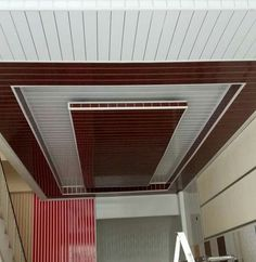 If you want a durable, stylish, yet economically priced ceiling, PVC ceiling designs are a great idea. Here you get 12 latest designs. Drawing Room Ceiling Design, Pvc Ceiling Design, Ceiling Design Living Room, Bedroom False Ceiling Design, Pvc Wall Panels Designs, Wall Panel Design, Pvc Ceiling Panels, Pvc Panels, Porch Wall Design