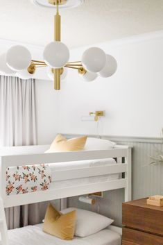 Brinley and Rhett's Modern Bedroom Makeover. A Modern and neutral kids bedroom styled with function in mind. Modern Kids Bedroom, Design A Space, Buy Pillows, Bedroom Styles, Kid Spaces, White Walls, Future House, Furniture, Blog