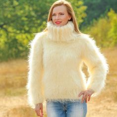 Red T, Thick Sweaters, Mohair Sweater, Summer Collection, Hand Knitting, Knitwear, Fur Coat, Turtle Neck, Pullover