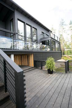 Kuvahaun tulos haulle kannustalo harmaja House Plans, Deck, Outdoor Decor, Home Decor, Blueprints For Homes, Homemade Home Decor, Home Plans, Decks, Interior Design