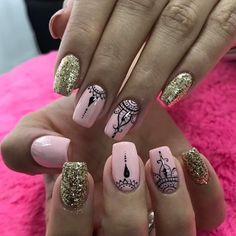 Nails Diy Ombre Nailart 25 Ideas The post Nails Diy Ombre Nailart 25 Ideas appeared first on nageldesign. Simple Acrylic Nails, Simple Nails, Nail Art Paillette, Mandala Nails, Nagellack Trends, Lace Nails, Trendy Nail Art, Super Nails, Nagel Gel